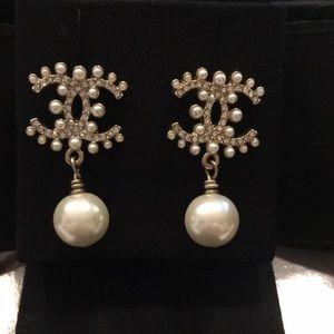 Chanel Classic Pearl CC Logo Earrings